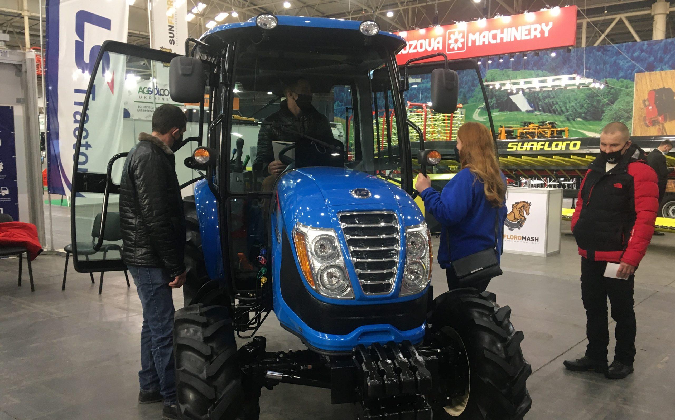 """LS Tractor бере участь у міжнародній виставці """"ЗЕРНОВІ ТЕХНОЛОГІЇ-2021"""""""